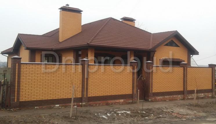Одноповерховий будинок 310 м. кв. в Запорізькій області